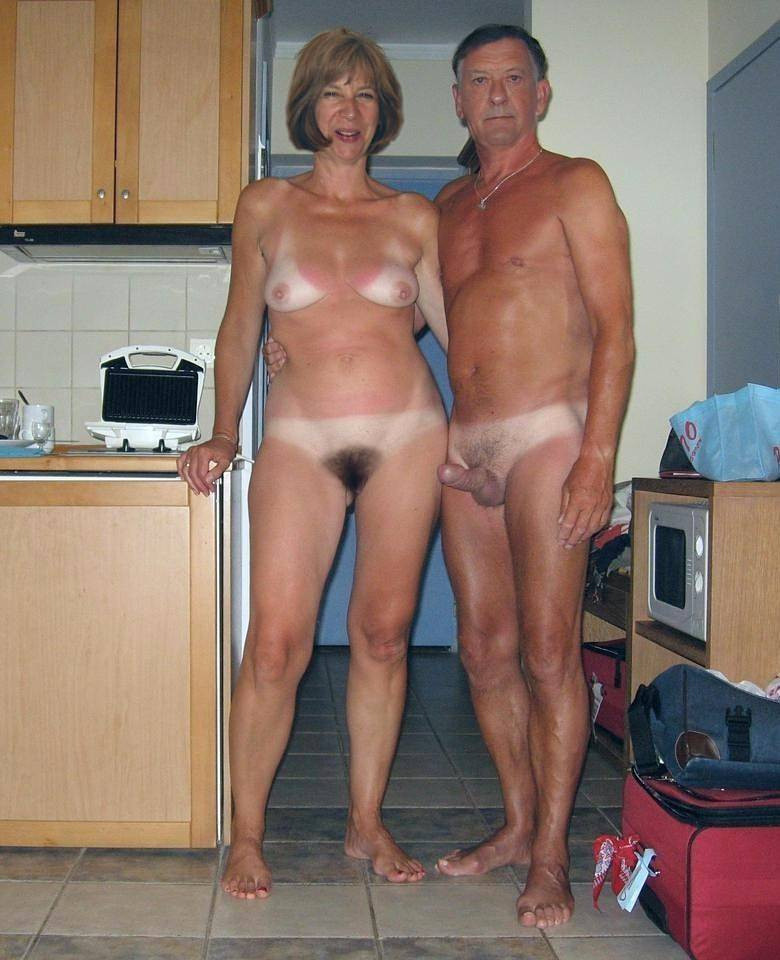 Hot nude band chicks