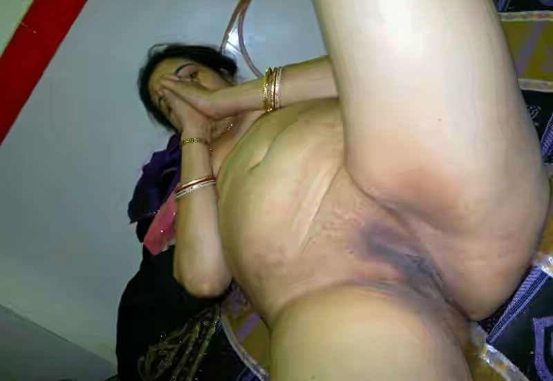 Real virgin lady naked off